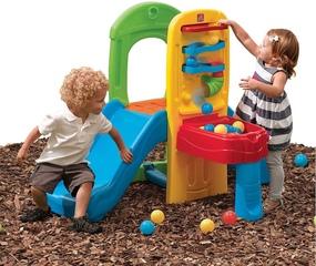 Tobogán de jardín con juego de bolas